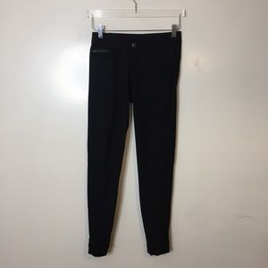 Lululemon Black Trouser Pants. Size 6